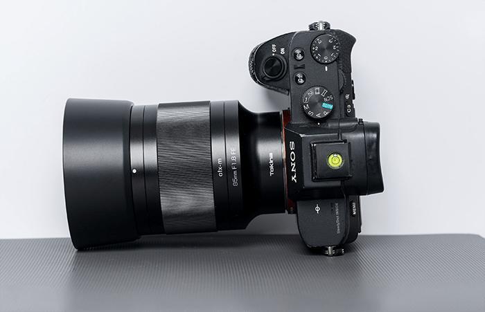 Premier avis du nouvel objectif Tokina 85 mm f / 1,8 FE