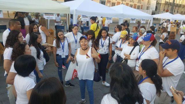 16J 8 am - Venezolanos en Madrid acuden en masa