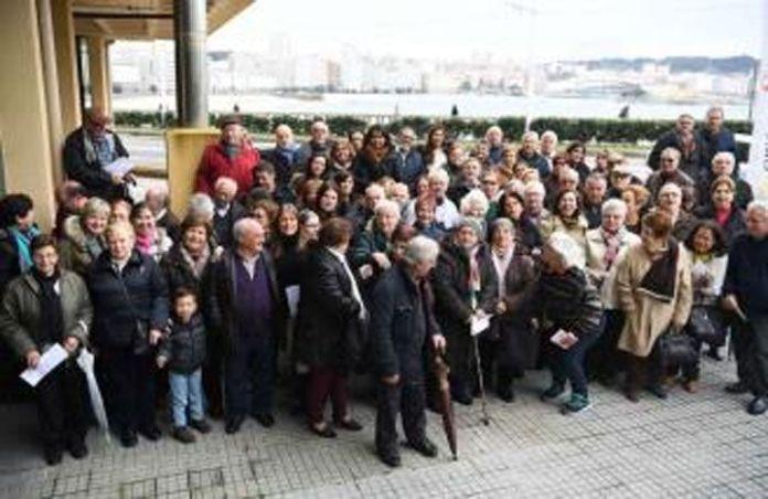 Retorno masivo de gallegos a España por temor a la Constituyente