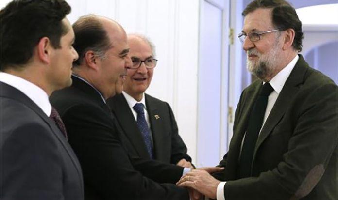 Rajoy: España estudia, con la UE, nuevas sanciones contra Maduro