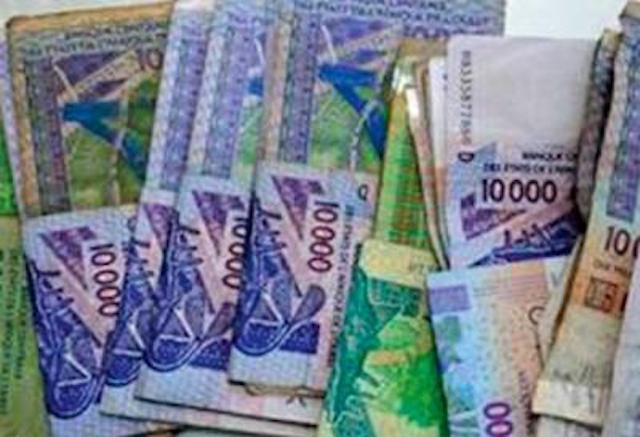 AFRIQUE DU SUD: une étudiante devient milliardaire par erreur