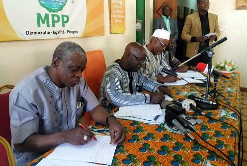 Simon Compaoré: « Je me porte bien dans ma nouvelle robe taillée par le président du Faso»