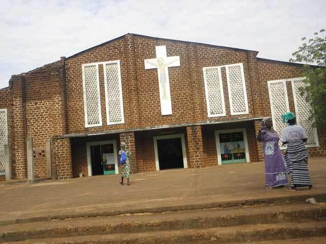 DISSIN DANS LE SUD-OUEST: l'église paroissiale vandalisée