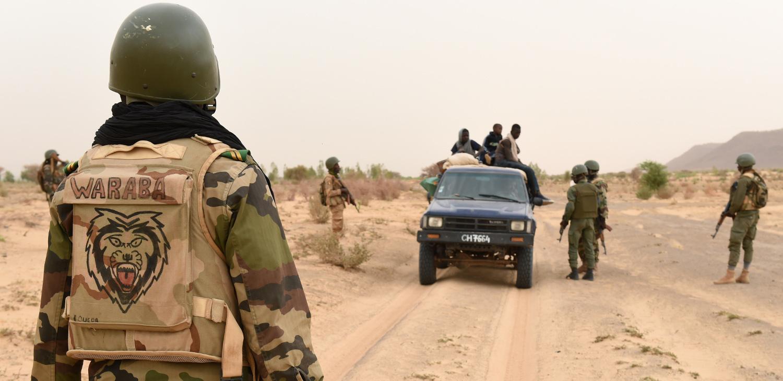 MALI : trois militaires  tués par une mine