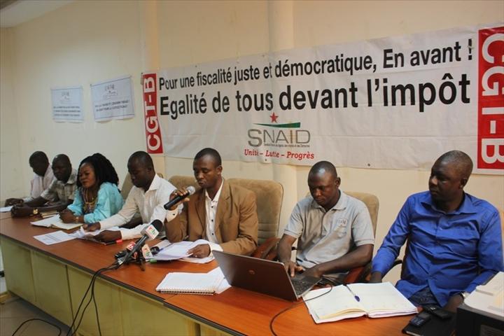 TAXE DE RESIDENCE : le syndicat des agents des Impôts juge « illégales les coupures à la source »