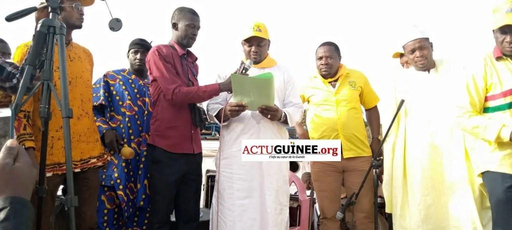 famoro 1 - Dr Mohamed Diané ,ministre de la défense honoré par la très forte mobilisation des militants RPG ,la touche du DGA de l'ONAP,Famoro Camara à Saraya