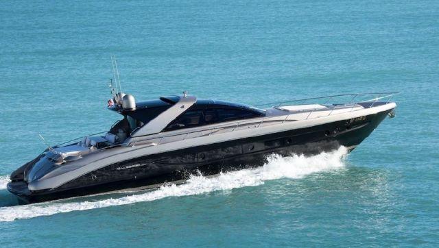 offre d u2019emploi embarqu u00e9   yacht de 20 m u00e8tres  u00e0 antibes recherche stewardess