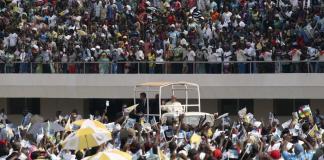 La visite de l'espoir du Pape