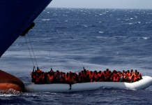 Les navires humanitaires
