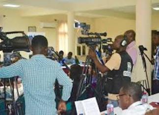 Des journalistes en régions frontalières
