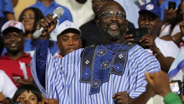 George Weah largement élu président du Libéria