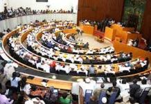 Les députés ont voté la loi sur le parrainage