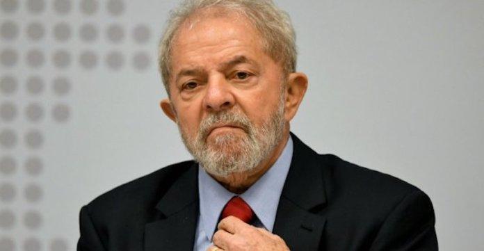 L'ex-président Lula ne s'est pas rendu à la justice