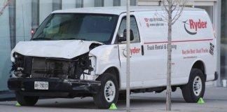 Une camionette faits 10 morts à Toronto