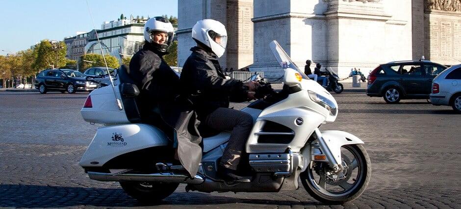 Guerre des VTC et Uber : les taxis-motos en profitent
