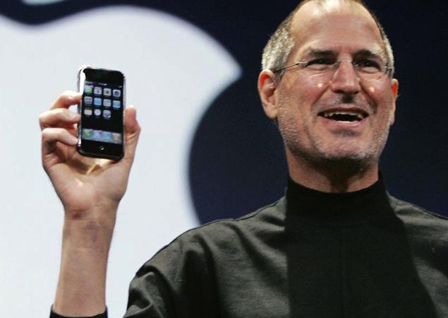 Inició con burlas, pero iPhone cumple 10 años de éxitos