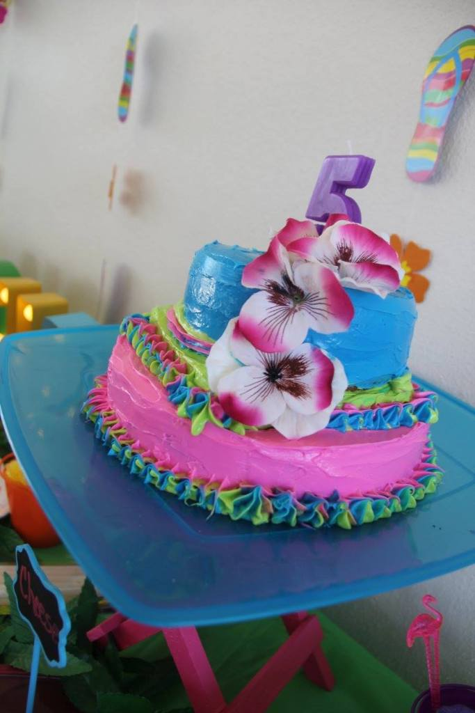 luau party birthday cake