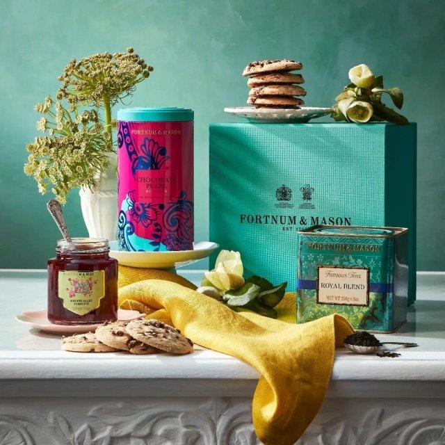 Fortnum and Mason The Teatime gift box