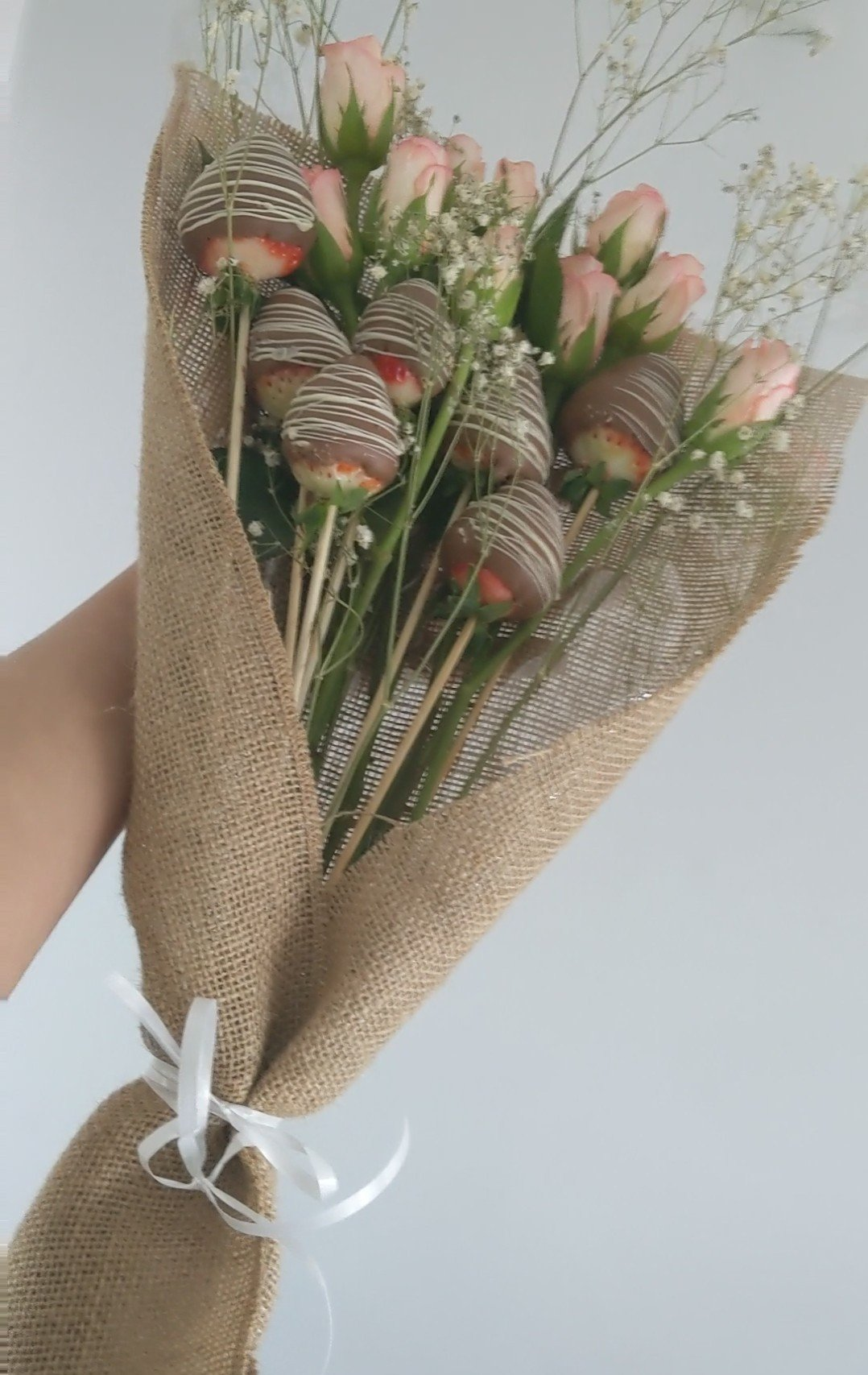 Chocolate Covered Strawberry Bouquet- Do it Yourself.