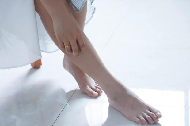 acupuncture for foot pain irvine