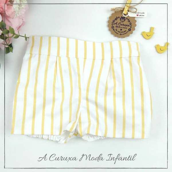 pantalón corto rayas amarillas y blancas