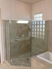 Corner Glass Enclosure with Tub
