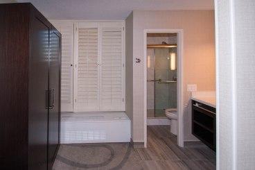California Hotel Bathroom - Shower and Bathroom