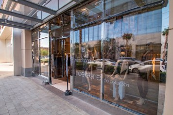 Close-up of Commercial Glass Storefront by A Cutting Edge Glass & Mirror - Joeleene