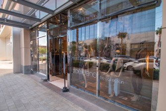 Storefront Glass by A Cutting Edge Glass & Mirror - Commercial Glass
