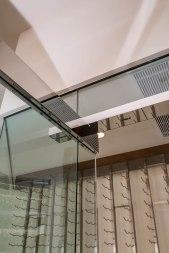 Top Header of Heavy Glass Door System
