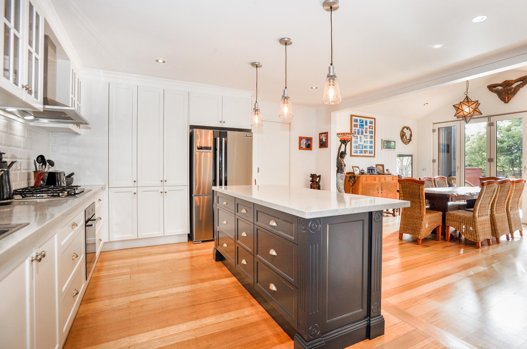 Feature Hamptons Style Kitchen - Mount Martha, Mornington ...