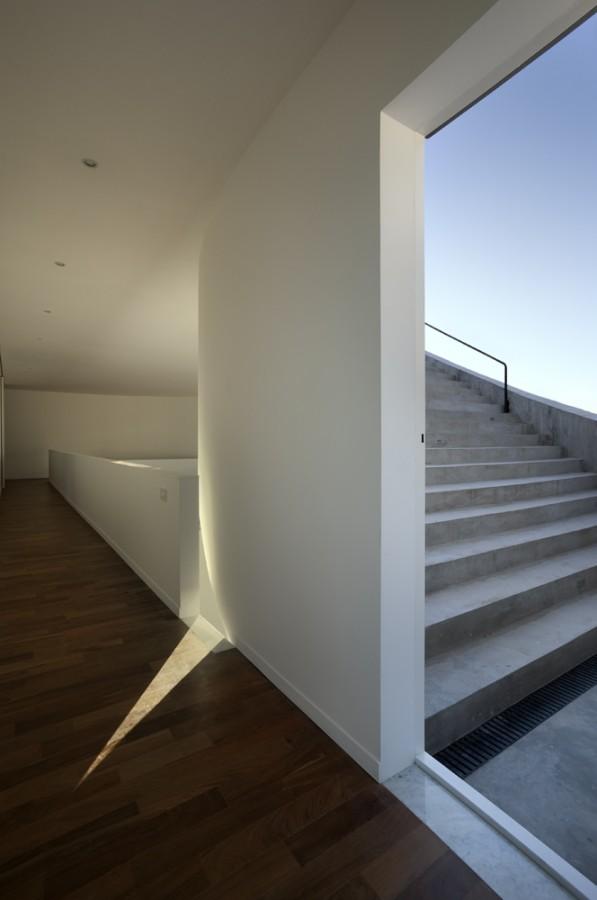 1253074264-16-casa-view © Gustavo Frittegotto