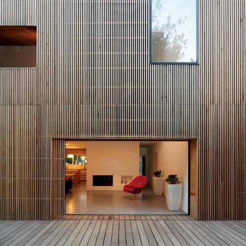 nowoczesny taras z drewna