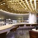 Virgin Atlantic Clubhouse / Slade Architecture © Anton Stark