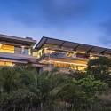 Albizia House / Metropole Architects © Grant Pitcher