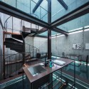 Vertical Glass House  / Atelier FCJZ Courtesy of Atelier FCJZ
