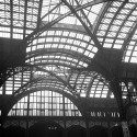 AD Classics: Pennsylvania Station / McKim, Mead & White Concourse ceiling, 1958. Image © Nick DeWolf Photo Archive