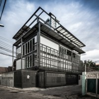 A Tin Man-inspired, umm, Tinman House in Bangkok