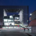 AIA|LA Honors Los Angeles' Best with Design Awards Emerson College / Morphosis Architects; Los Angeles, CA . Image © Iwan Baan