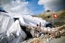 Eisfach: Jedes Jahr wird ein 100 m langer Besucherstollen in den Rhônegletscher geschlagen.