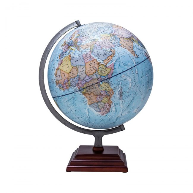 This illuminated desk top globe is the perfect Valentine's Day gift for my son