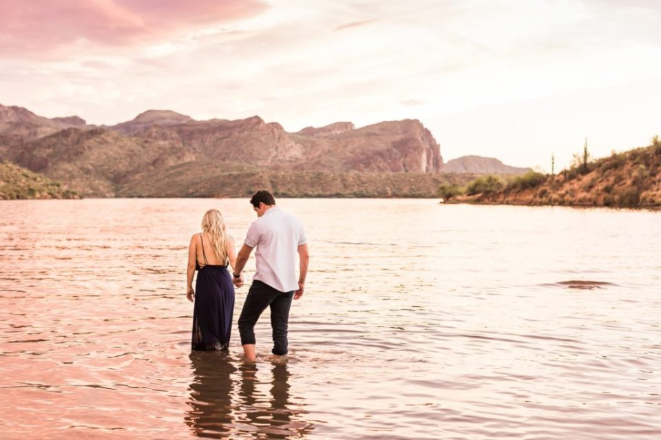 Saguaro Lake Engagement Photos