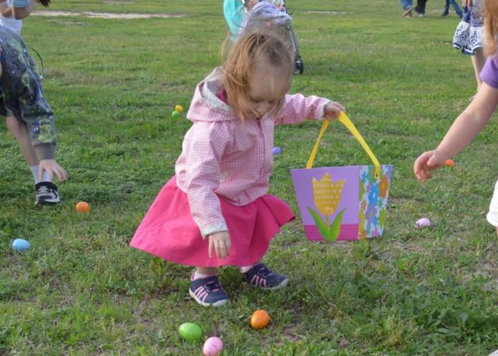 Eliza finding her eggs