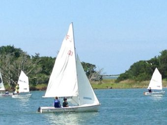 Kids learning to sail in Taylor's Creek