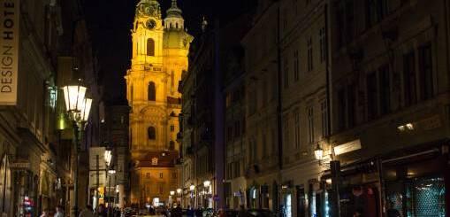 Prague : Mala Strana. Source: Roman Boed