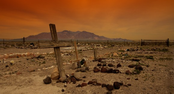 amargosa-cemetery-as-rough-as-a-surrounding-desert
