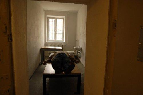 Sie Erinnerungen an Adam!s Bettund Folter in Berlin Rummelsburg 1.-21.3.1984 wurden lebendig