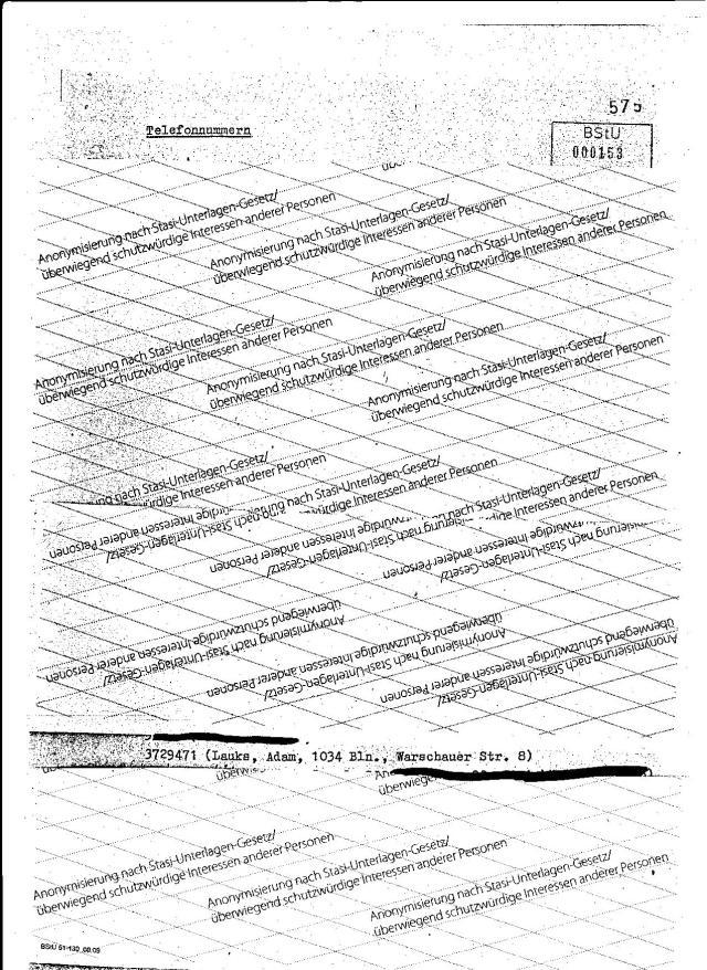 Eigentlich gehen die Ermittlungen in Richtung Adam Lauks, der  im Juli/August 1981 gar nicht in der DDR ist (Urlaub).Mit der Liquidierung von Adam Lauks