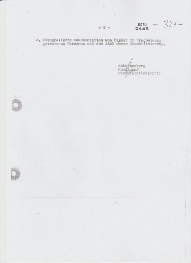 1981-11-044