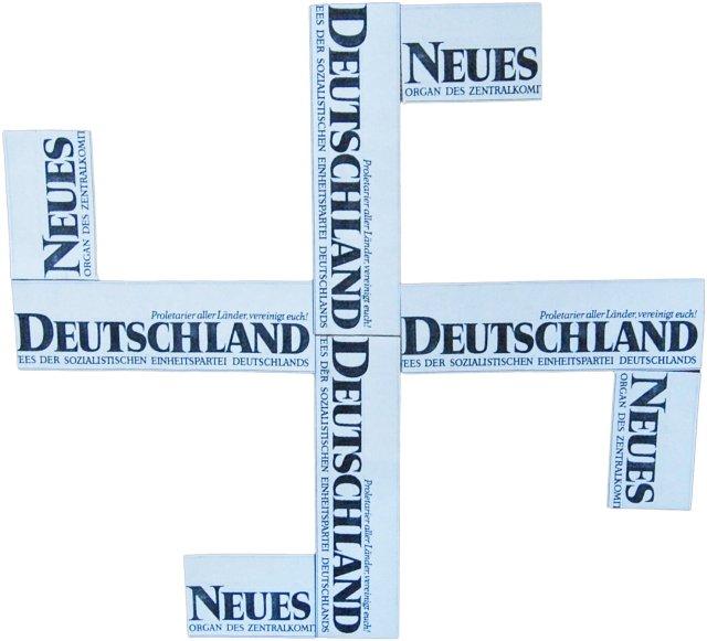 neues-deutschland-hakenkreuz
